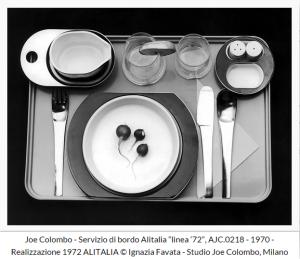 """Una delle opere esposte alla mostra """"Arts & Foods. Rituali dal 1851"""" di Germano Celant (Joe Colombo, 1970)"""